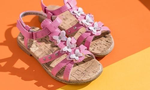 Dívčí sandály