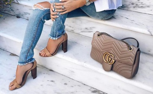 Batoh, taška či kabelka? Vyberte si!