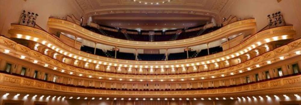 Jak se obléct do opery