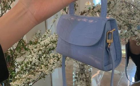 Mini kabelky: žhavý trend letošního léta, který jednoduše musíte mít