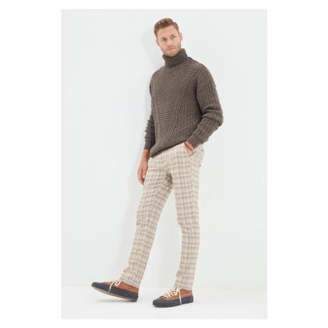 Trendyol Mink Men Regular Fit Belt Waist Plaid Trousers