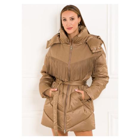 Dámská zimní bunda s páskem a třásněmi capuccino