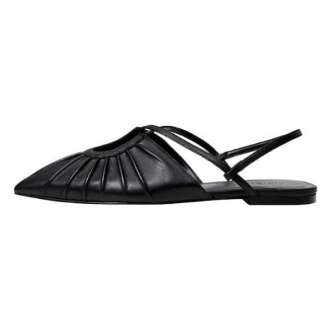 MANGO Sandály černá