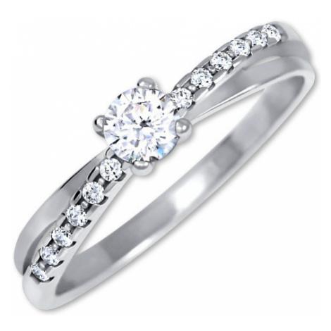 Brilio Půvabný prsten s krystaly z bílého zlata 001 07