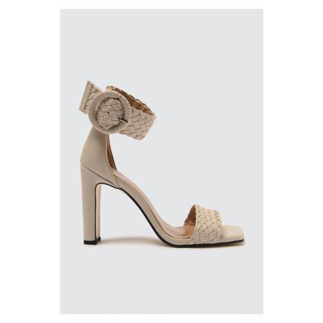 Trendyol Women's Classic Heels with Skin Braid Detail