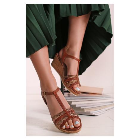 Skořicové kožené platformové sandály 9-28704 Caprice