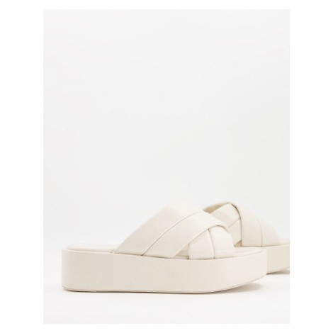 Pull and Bear platform sandal in ecru-Neutral Pull & Bear