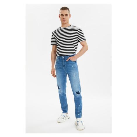 Trendyol Light Blue Men Ripped Detailed Letter Printed Normal Waist Carrot Fit Jeans