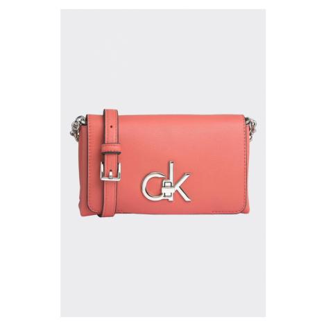 Calvin Klein crossbody kabelka - korálová