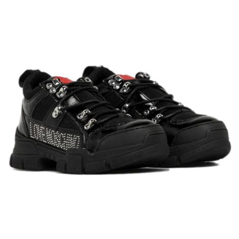 Černé kožené boty LOVE MOSCHINO