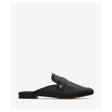 Černé dámské pantofle Matt & Nat Victoria