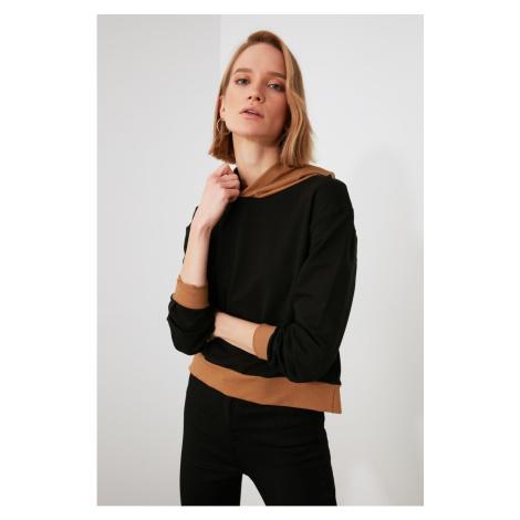 Trendyol Knitted Sweatshirt with Black Block hoodie