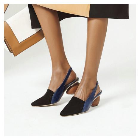 Originální sandály s plnou ostrou špičkou mule sling back