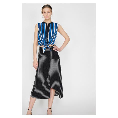 Koton Women's Blue Judge Collar Sleeveless Striped Shirt
