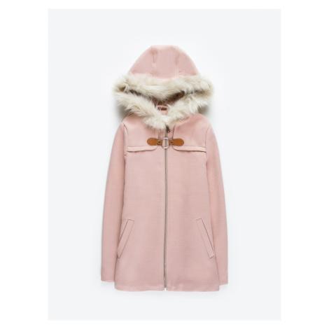 GATE Kabát s kapucí z umělé kožešiny
