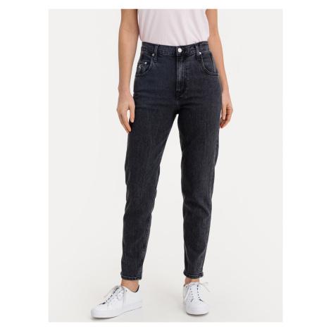 Mom Jeans Calvin Klein Černá