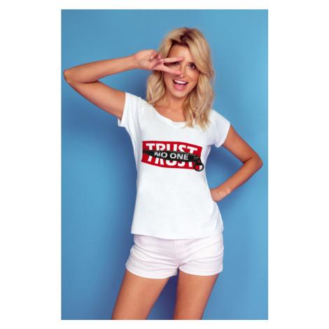 Dámské tričko s nápisem Trust no one K509