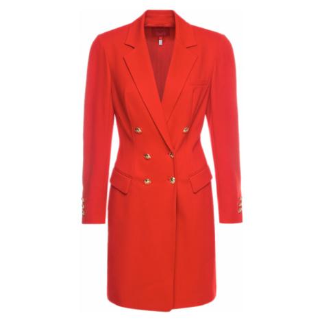 Červené šaty ESCADA kolekce RITA ORA