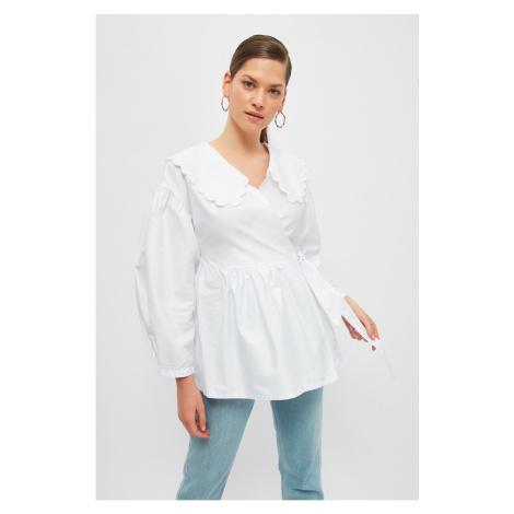 Trendyol White Baby Collar Belted Jacket