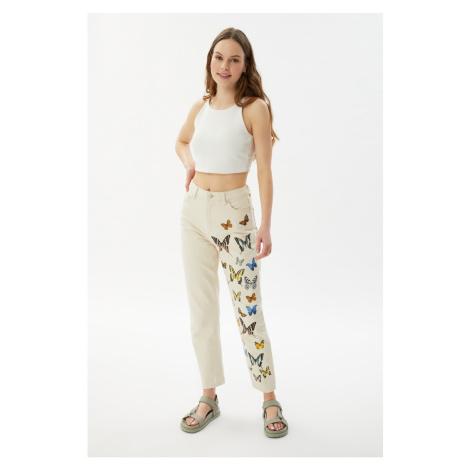 Trendyol Ecru Printed High Waist Mom Jeans