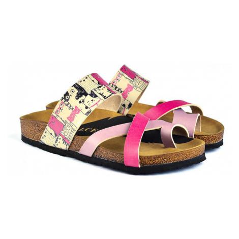 Calceo růžové pantofle Thong Sandals Cats