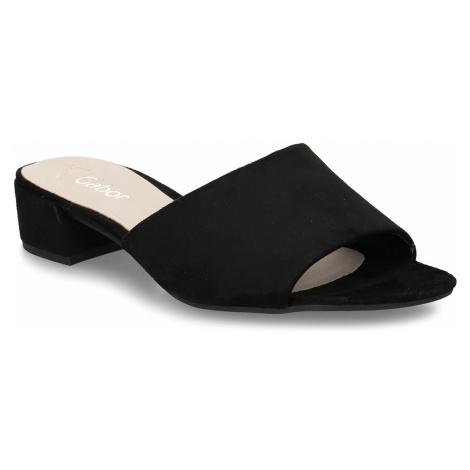 Černé dámské kožené pantofle na nízkém podpatku Gabor
