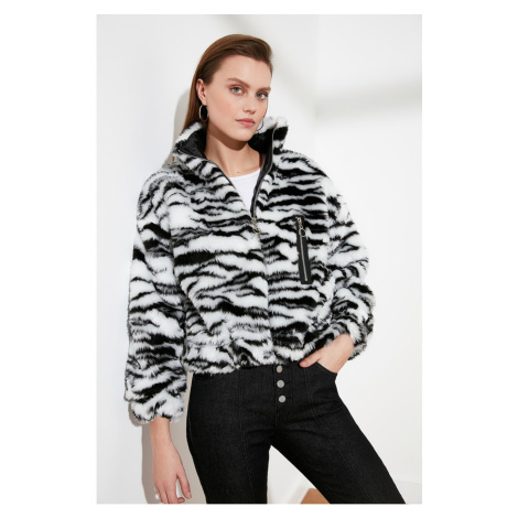 Trendyol Black Zebra Patterned Plush Coat