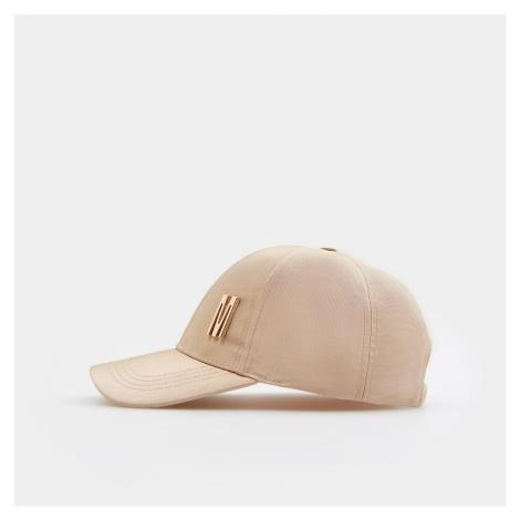 Mohito - Lesklá čepice s kšiltem Eco Aware - Béžová