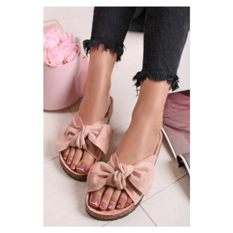 Světle růžové pantofle Shelby