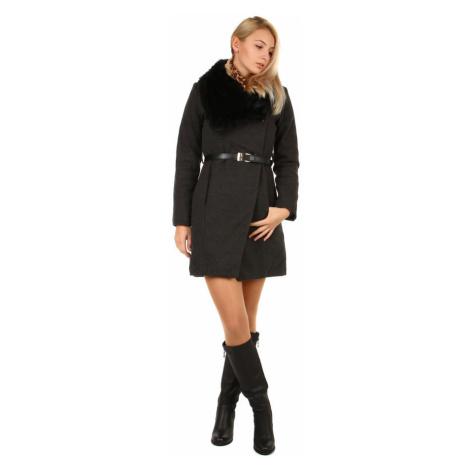 Zimní dámský kabát s kožešinovým límcem