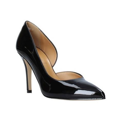 Grace Shoes 038010 Černá