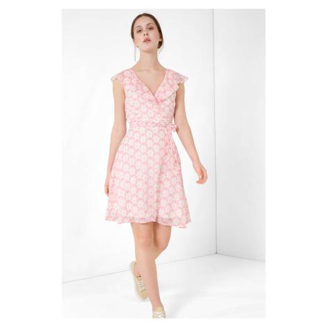 Volné květované šaty Orsay