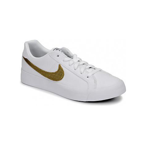 Nike COURT ROYALE AC SE W Bílá