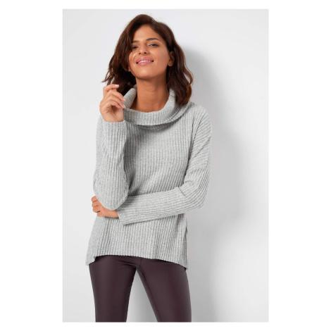 Asymetrický oversize pulovr Orsay