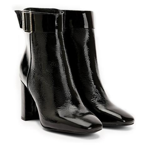 Tommy Hilfiger černé lesklé boty na podpatku Patent Square Toe Boot Black