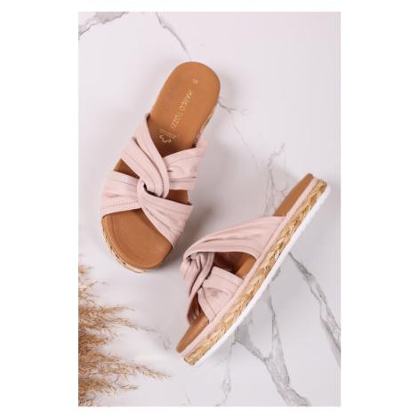 Světle růžové kožené platformy pantofle 2-27136 Marco Tozzi