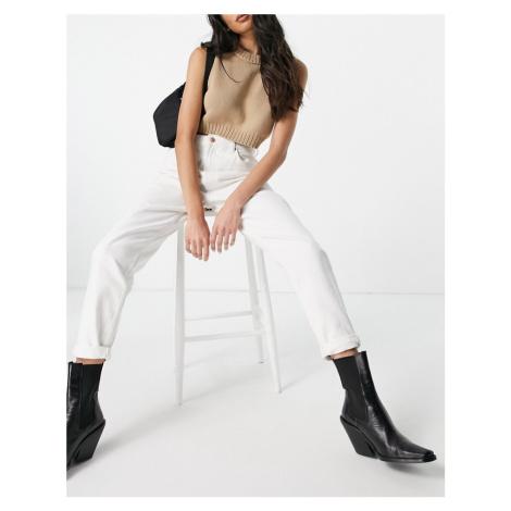 Bershka mom jean in ecru-White