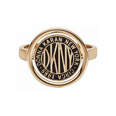 DKNY Stylový prsten s logem Token New York