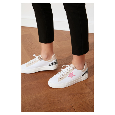 Trendyol Pink Star Female Sneaker