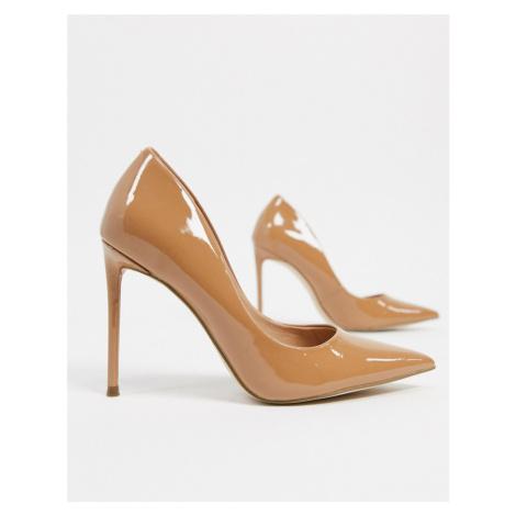 Steve Madden Vala pointed heeled shoe in camel-Beige