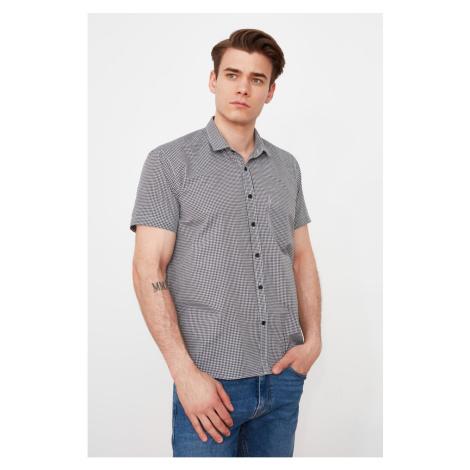 Trendyol Black Men's Regular Fit Buttoned Collar Short Sleeve Checked Shirt