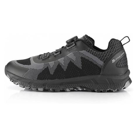 Outdoorová obuv s rychloutahovacím systémem Alpine Pro