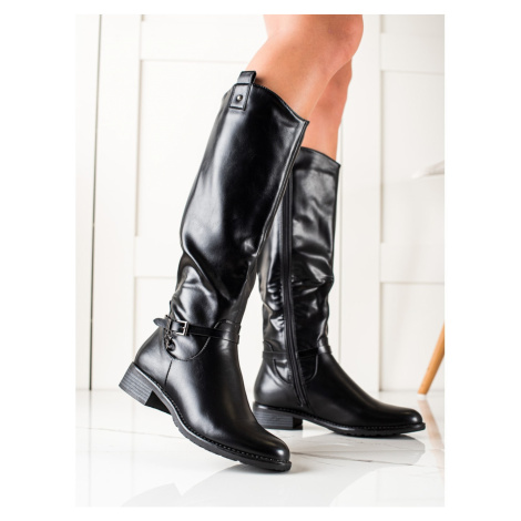 CLOWSE CASUAL BOOTS MADE OF ECO LEATHER