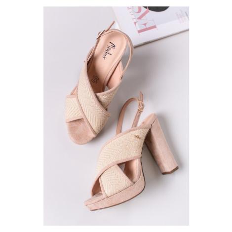 Béžové sandály na hrubém podpatku Umbria Menbur