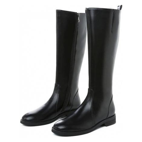 Černé kožené kozačky s bočním zipem dámské boty pod kolena