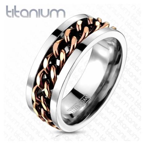 Titanový prsten stříbrné barvy - řetěz v měděném barevném odstínu Šperky eshop