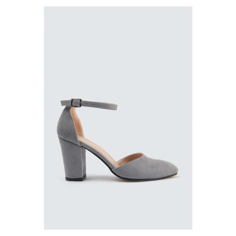 Trendyol Women's Classic Heels with Stone Ankle Band