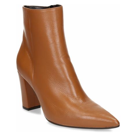 Světle hnědá dámská kožená kotníková obuv na podpatku Baťa