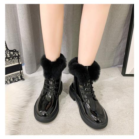 Zimní kotníková obuv s kožíškem zateplené boty z lakované kůže