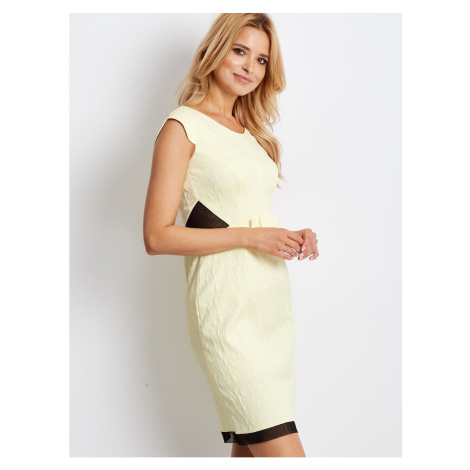 Light yellow fitted dress with a floral texture Fashionhunters